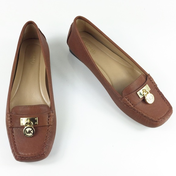 f62c8e5676c SALE🔥MICHAEL KORS BROWN LEATHER DRIVING LOAFERS NWT